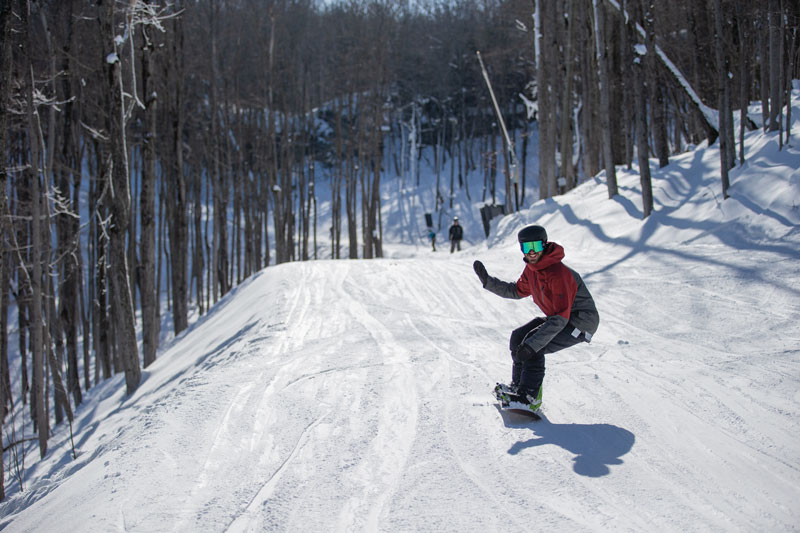 Ontario Staycation: Blue Mountain Resort Snowboarding